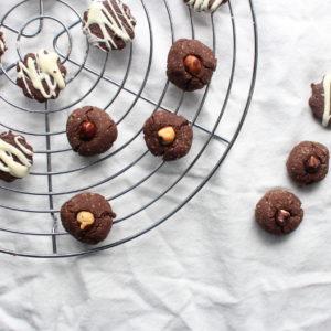 Schoko-Nuss Kekse / Çikolatalı Kurabiye